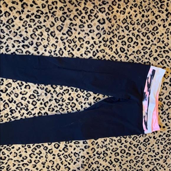Lululemon leggings - size 8